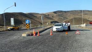 PKK'nın 10 Günde 2 Kez Kestiği Karakurt- Kağızman Karayolu, Ulaşıma Kapıtıldı