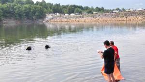 Serinlemek İçin Gölette Giren Kuaför Boğuldu