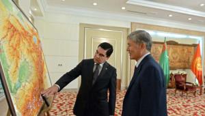 Berdimuhamedov, Kırgızistan'da