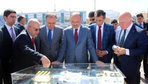 Sağlık Bakanı Müezzinoğlu Terörü Kınadı