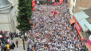 10 Bin Kişinin Katıldığı Şehit Cenazesinde Konuşan Erdoğan: Askerin de Polisin de Vurma Yetkisi Var