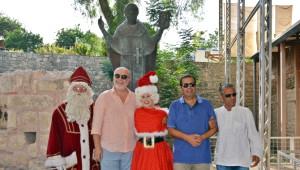 Noel Baba, Noel Anneye Memleketini Gezdirdi