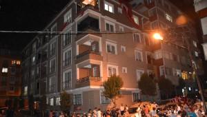 Şehit Er Ömer Erüstün'ün İstanbul Güngören'deki Babaevinde Yas...