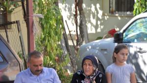 Şehidin Kayınvalidesi, Cumhurbaşkanıyla Telefon Görüşmesini CHP Heyetine Anlattı