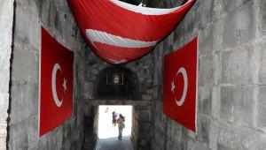 Amasra'yı Bayraklarla Süslediler
