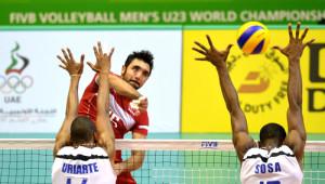 Küba'yı 3 - 0 Yenen Türkiye Finale Yükseldi