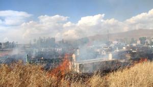 Muradiye'de Mezarlık Yangını
