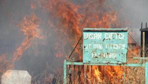 Muradiye Mezarlığında Yangın