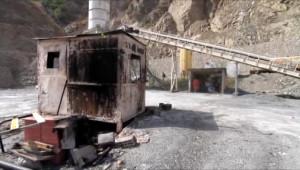 Pkk, Siirt'te Beton Makineleri, Şırnak'ta İse 5 Tır'ı Ateşe Verdi