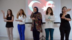 İşkur Personeline İşaret Dili Eğitimi