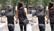 Uzun Boylu Kadınlara Gönül Veren Kısa Boylu Ünlü Erkekler