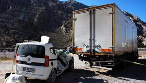 Akseki- Seydişehir Yolunda Kaza: 2 Ölü, 4 Yaralı/ Fotoğraflar