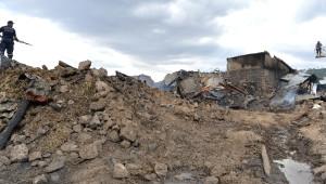 Erzurum'da Çıkan Yangında 10 Ev, 15 Ahır Yandı, 25 Büyükbaş Hayvan Telef Oldu