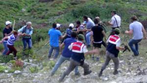 Rize'de Köylülerin Yayla Kavgası: 1'i Asker 4 Kişi Yaralandı