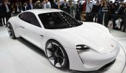 Porsche'den Geleceğin Elektrikli Otomobili: Mission E