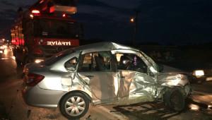 Karasu'da Trafik Kazası: 1'i Ağır 6 Yaralı