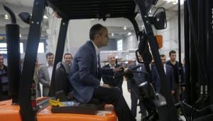 Bakan Çağatay Kılıç, Forklift Kullandı