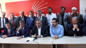 CHP'li Gürsel Tekin'den Başbakan Davutoğlu'na: Coğrafyamızda Işid Kampları Var Mı, Yok Mu?