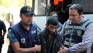 Manisa'da Gözaltına Alınan 14 Hdp'li Adliyeye Sevk Edildi