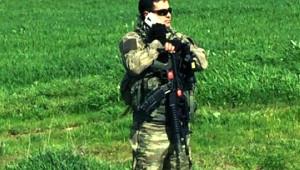 Diyarbakır Dicle'de PKK'lılarla Çatışma: 1 Uzman Çavuş Şehit (2)