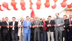 Yaşar Doğu'nun Anıtı Açıldı