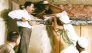 Mısır Kralının Mezar Odasından Çıkan Paha Biçilemez Eserler