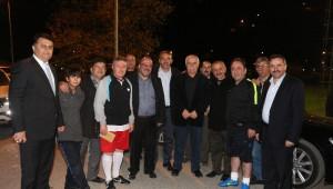 AK Parti Milletvekilleri Bozkurt'ta Halı Saha Maçı Yaptı