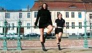 Dünyanın En Uzun Kadını: 2.06 Metre Boyunda