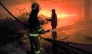 Bursa'da Yangın Çıkan İplik Fabrikasından Görüntüler