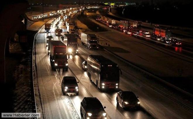 ABD'de Beklenen Kar Fırtınası Korkuya Yol Açtı