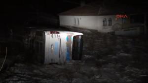 İki İlde Yolcu Otobüsleri Kazaa Yaptı: 34 Yaralı