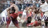 Modern Çağ Gladyatörleri En Gaddar Futbol Maçında Karşılaştı