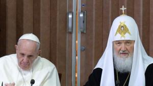 Tarihi Görüşme Gerçekleşti: Papa ve Patrik Küba'da Buluştu
