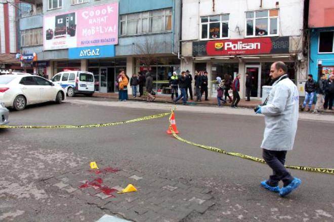 Cani Adam, Cadde Ortasında Kurşun Yağdırdı
