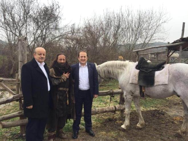 Diriliş Ertuğrul' Dizi Ekibi, İznik'in Fetih Törenine Davet Edildi