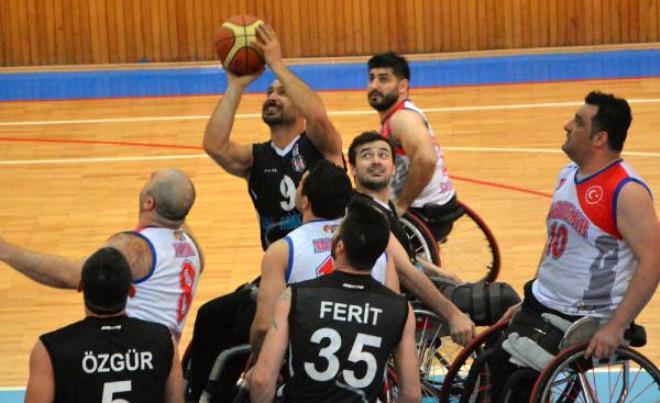 Kardemir Karabükspor - Beşiktaş Rmk Marıne: 64 - 66
