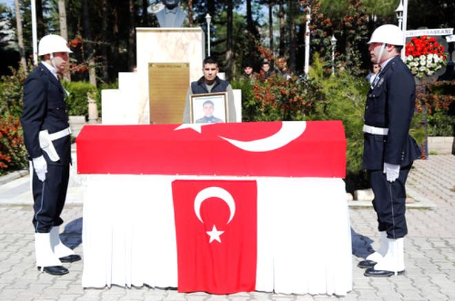 Şehit Mustafa Çetin İçin Mardin'de Tören Düzenlendi