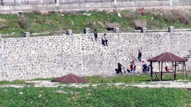 Ayrılanlar Cizre'ye Dönmeye Çalışıyor