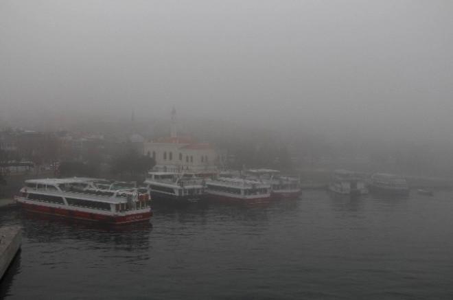 İstanbul'da Sabah Saatlerinde Sis Etkili Oluyor
