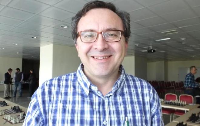 Usta Satranççı Dragan Ders Verdi