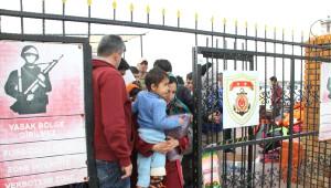 Dikili Açıklarında 52 Mülteci Yakalandı