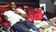 50 Cent'in Bu Pozları Başına İş Açtı