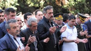 İntihar Ettiği İddia Edilen Asteğmen Giresun'da Toprağa Verildi