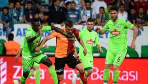 Torku Konyaspor: 0 - Fenerbahçe: 2 (İlk Yarı)