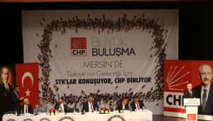 Kılıçdaroğlu, Mersin'de Şehit Evini Ziyaret Etti (5)
