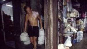 Hong Kong'da Kanunların İşlemediği Suç Şehri Kurdular