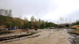 Köyü İkiye Ayıran Derede Eğitim Çilesi
