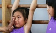 Çin'de Sporcular İşkence Gibi Yöntemlerle Yetiştiriliyor