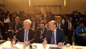 Başkan Topbaş 'Dünya İnsani Zirvesi'nde Konuştu