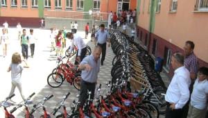 Öğrenciler Bisikletlerine Kavuştu